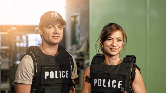 amandine-longeac-et-michael-maino-web-serie-real-cops-photo-de-edouard-paul-tritant-vasilic